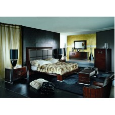 Кровать Queen Size Bed in Leather